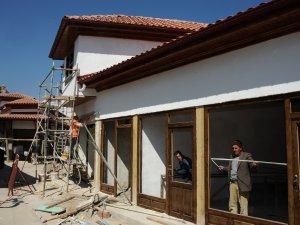 Akşehir Arasta Çatşısı'nda tarihi dönüşüm