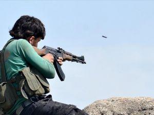 Suriyeli muhalifler 6 DAEŞ militanını öldürdü