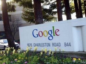 Google, Fiat Chrysler'la sürücüsüz araba üretecek