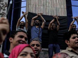 'Sisi rejimi, içeride ve dışarıda yeniden kaybetti'