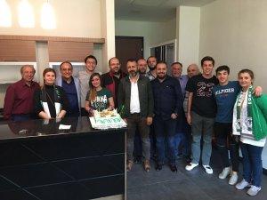 Hüseyin Polat'a anlamlı yaş günü kutlaması