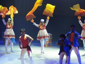 Tiyatro festivaline 'Bollywood' ile 'merhaba'
