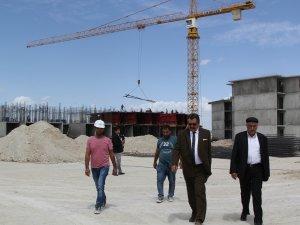 Cihanbeyli TOKİ inşaatı devam ediyor