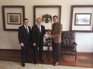 Başkan Derebağ'dan Vali Erol'a ziyaret