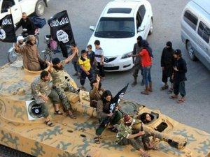 Suriye'de 13 İran askeri danışman öldürüldü