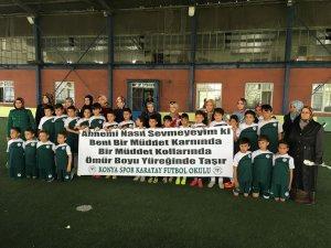 Konyaspor futbol okullarında Anneler Günü kutlaması