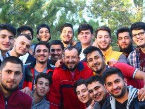 Mehmet Yağcı'ya doğum günü sürprizi