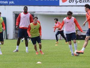 Trabzonspor ile Çaykur Rizespor 32. randevuda