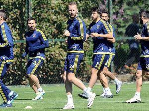 Fenerbahçe Medipol Başakşehir'e konuk olacak