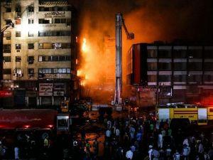 Kahire'de yangın: 20 yaralı