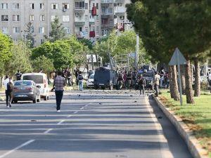 Diyarbakır'da bomba yüklü araçla saldırı: 12 yaralı