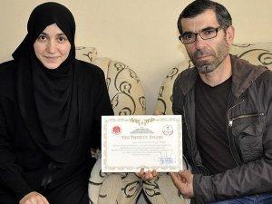 Okul birincisi Suriyeli Rahaf'ın okuma azmi