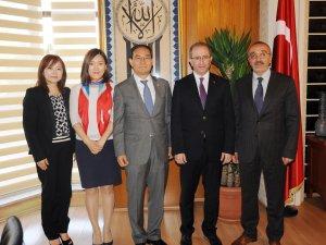 Güney Kore Büyükelçisinden Büyükşehir'e ziyaret
