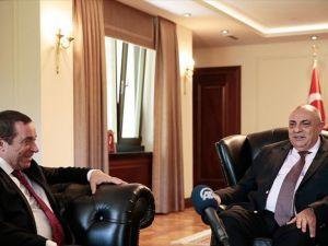 Başbakan Yardımcısı Türkeş, Serdar Denktaş ile bir araya geldi