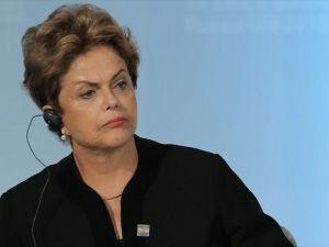 Rousseff'in azil süreciyle ilgili oturum 18 saattir sürüyor
