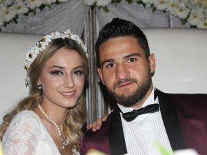 Konyasporlu Ömer Ali Şahiner evlendi