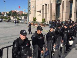 Can Dündar'a saldırı soruşturmasında 1 kişi gözaltına alındı
