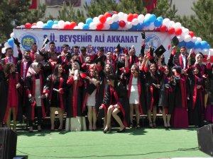 Beyşehir'de mezuniyet coşkusu