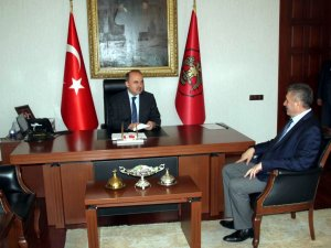 Başkan Turan'dan Vali Erol'a veda ziyareti
