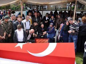 Şehit polis Gürpınar son yolculuğuna uğurlandı