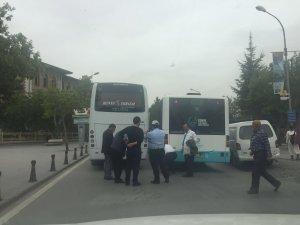 Anıt'ta trafik kilitlendi