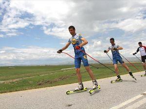 Asfalt yolda olimpiyatlara hazırlanıyorlar