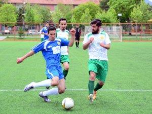 Büyükşehir'den öğrencilere yönelik futbol turnuvası