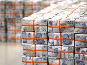 Bütçe Nisanda 5,4 milyar lira fazla verdi