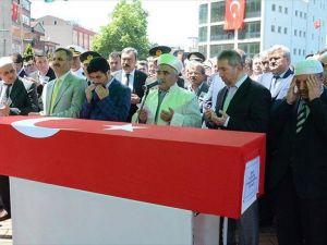 Şehit Piyade Uzman Çavuş Kartal'ın cenazesi, toprağa verildi