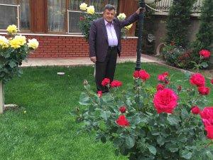 Osman Can güller arasında