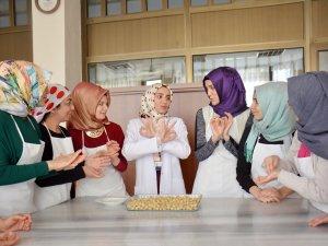 İşaret diliyle yemek kursu
