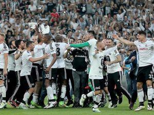 Beşiktaş şampiyonluğunu yarın kutlayacak