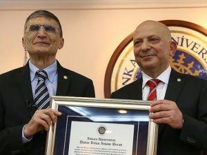 Ankara Üniversitesinden Sancar'a 'Üstün Bilim İnsanı' beratı
