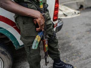 Nijerya'da kaçırılan kız öğrencilerden biri bulundu