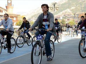 Türkiye genç nüfusuyla Avrupa'yı solluyor