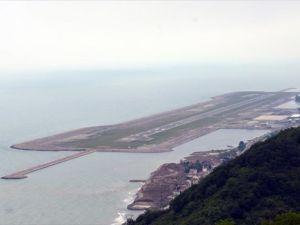 Denizdeki havalimanı hizmette ilk yılını tamamladı