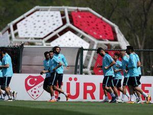 Türkiye 'futbolun beşiğinde' galibiyet peşinde