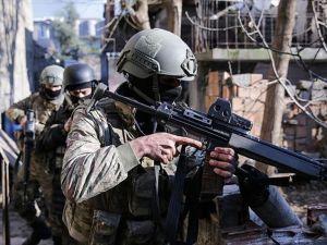 Bingöl'de 3 terörist ölü ele geçirildi