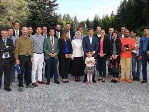 Davutoğlu başbakanlık muhabirleriyle buluştu