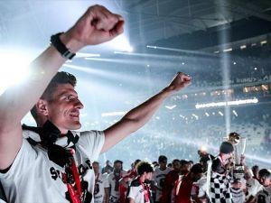 Şampiyon Beşiktaş'ta goller 'kral' Gomez'den