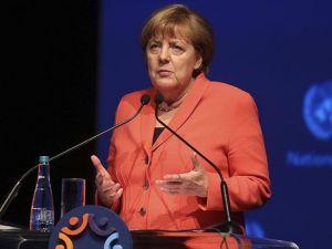 Almanya olarak verilen taahhütlerin gerçekleşmesini istiyoruz