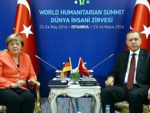 'AB vize konusunda Türkiye'nin hassasiyetlerini değerlendirecek'
