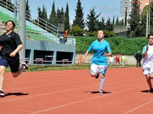 Özel sporcular piste çıkıyor