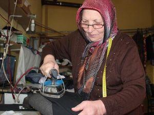 Yılın ahisi 'Emine Ana' eşiyle 60 yıldır omuz omuza