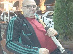 Mehmet Ali Kuntoğlu'nun nargile keyfi