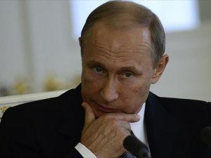 Putin'i 'ekonomik büyüme' korkusu sardı
