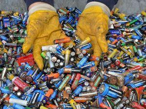 Atık piller ekonomiye kazandırılıyor