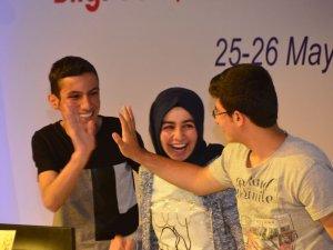 Vanlı öğrenciler Türkiye birincisi oldu
