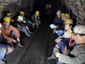 Zonguldak Valiliğinden eylemdeki işçilere 'maaş müjdesi'