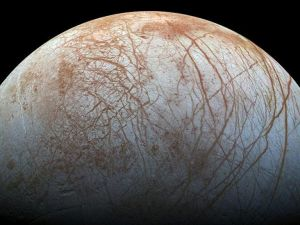 Jüpiter'in uydusu Europa'da yaşam ihtimali güçlendi